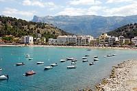 Small boats, bay with beach, Playa Puerto Soller, Port de Soller, Mallorca, Majorca, Balearic Islands, Mediterranean Sea, Spain, Europe