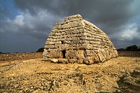 Naveta NAVETA DES TUDONS MENORCA PreTalayotic burial chamber tomb oldest roofed building in Spain
