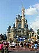 Cinderella Castle, Magic Kingdom, Disney World, Orlando, Florida, USA.