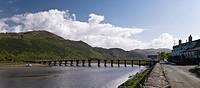 Wales, Gwynedd, Penmaenpool, Penmaenpool wooden toll bridge over the Mawddach river near Dolgellau.
