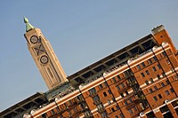 England, London, South Bank, The OXO Tower on the South Bank of the River Thames. The building contains arts and craft shops as well as residential ap...