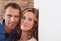 Germany, Cologne, Portrait of couple, close_up