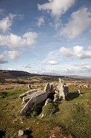 Scotland, North Ayrshire, Glenashdale, Giants Grave, chambered cairns from the Neolithic period in Glenashdale on the Isle of Arran.