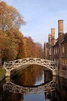 England, Cambridgeshire, Cambridge. The Mathematical Bridge, official name the wooden bridge, over the River Cam connecting two parts of Queen's Colle...