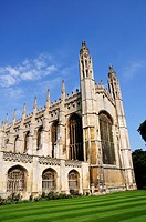 England, Cambridgeshire, Cambridge. Kings College Chapel, one of the most iconic buildings in the world, and is a splendid example of late Gothic Perp...