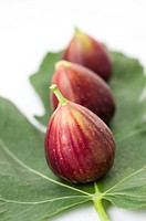 Figs on a leaf