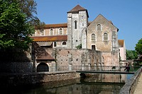 SAINT_AIGNAN CHURCH ON THE BANKS OF THE EURE, CHARTRES, EURE_ET_LOIR 28, FRANCE