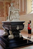 FUNERARY CHAPEL WITH THE TOMB OF DIANE DE POITIERS KNEELING IN PRAYER, CHATEAU D´ANET, BUILT IN 1550 BY PHILIBERT DE L´ORME FOR DIANE DE POITIERS, HEN...