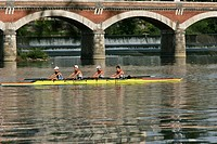 ROWING ON THE GARONNE, TOULOUSE, HAUTE_GARONNE 31, FRANCE