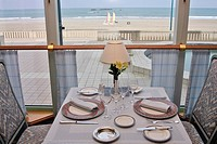 THE CAP HORN, RESTAURANT AT THE THALASSOTHERAPY CENTER ´LES THERMES MARINS´, SAINT_MALO, ILLE_ET_VILAINE 35, FRANCE