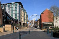 Surrey Street, Mercure Hotel and the Wheel of Sheffield, Sheffield, South Yorkshire, England, UK