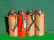 Cylinders with fire resistant gas