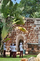 Malacca (Malaysia): Muslim girls by the Porta de Santiago