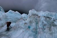 Man im Franz Josef Gletscher Neuseeland