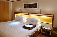 Luxurious hotel bed room