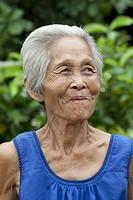 Portrait alte Frau Asien