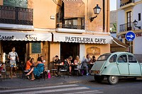Pavement cafe in the old town, Ibiza City, Ibiza, Spain