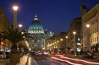 St. Peter´s Basilica illuminated at night with moving traffic, Vatican City, Rome, Lazio, Italy, Europe