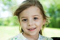 Little girl, portrait (thumbnail)