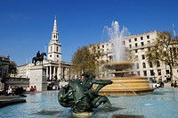England, London, Trafalgar Square. Fountain in Trafalgar Square, with Church of St Martin_in_the_Fields in the background