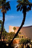 Palm trees in front of a hotel, Wynn Las Vegas, The Strip, Las Vegas, Nevada, USA