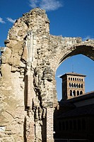 Arc of the ancient chapel of St  Benedict and the Church of San Tirso  Sahagun  Leon  Castilla-Leon  Spain