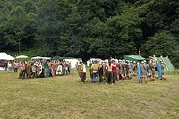 battle between celtic warriors and roman soldiers, celtic days, ome, franciacorta