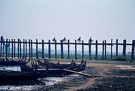 Myanmar, Burma, Mandalay, U Bein bridge