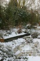 GARDEN SOUS LA SNOW. WINTER. GARDEN MAP/COURTYARDCOURTYARDONNES.