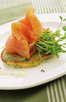 Smoked salmon and cress on pikelet