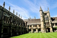 Founder's Tower and Cloister at Magdalen College, Oxford, England, UK