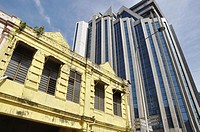 Kuala Lumpur (Malaysia): contrast between colonial and modern buildings by Chinatown