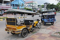 Park End Motorcycle rickshaws in Sihanouk Ville