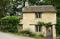 Cotswolds cottage at Bibury, Gloucestershire, UK