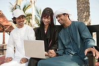 Middle Eastern people using laptop (thumbnail)