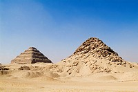 Photograph of the famos Egyptian Pyramids