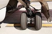 Landing gear on a plane