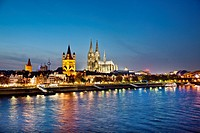 View ove river Rhine to old town with cathedral and Great St. Martin church, Cologne, North Rhine_Westphalia, Germany