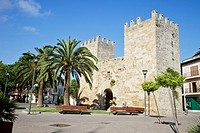 Porta des moll, Alcudia's walls, Majorca, Spain