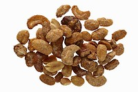 Roast cashew nuts and peanuts mix with sugar and honey, on white background, DFF image