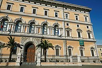 FACADE OF THE MUSEUM OF THE PALAZZO MASSIMO ALLE TERME, MUSEO NAZIONALE ROMANO, NATIONAL MUSEUM OF ROME, ROME
