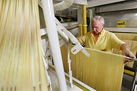DINO MARTELLI, TRADITIONALLY§MADE PASTAS SPAGHETTI, PENNE, SPAGHETTINI, MACARONI MARTELLI FAMILY ENTERPRISE SINCE 1926, LARI, NEAR PISA, TUSCANY, ITAL...