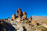 ´Roque Cinchado´. ´Roques de Garcia.´ Teide National Park. Tenerife. Canary Islands. Spain.
