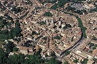 Frances, Languedoc_Roussillion, Uzes aerial view