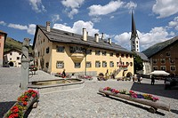 Switzerland. Engadina, Zuoz village the square and typical houses