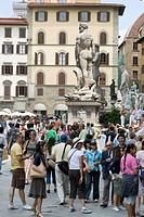 Italy Tuscany,Florence, Piazza Della Signoria, Tourists in square