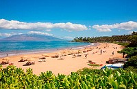 Tourists on the beach, Wailea Beach, Grand Wailea Resort, Maui, Hawaii, USA