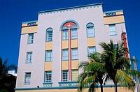 USA, FLORIDA, MIAMI BEACH, ART DECO DISTRICT, OCEAN DRIVE, LOCAL ARCHITECTURE