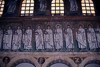 ITALY, RAVENNA, BASILICA OF ST. APOLLINARE NUOVO, MOSAICS PROCESSION