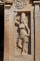 India - Tamil Nadu - Mamallapuram - sculpture at the Pancha Pandava Rathas